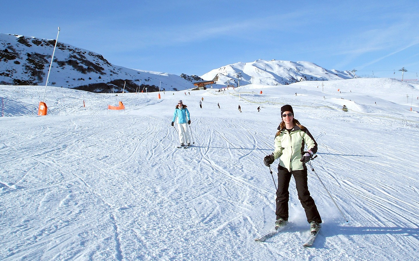 Skiing the Grive piste