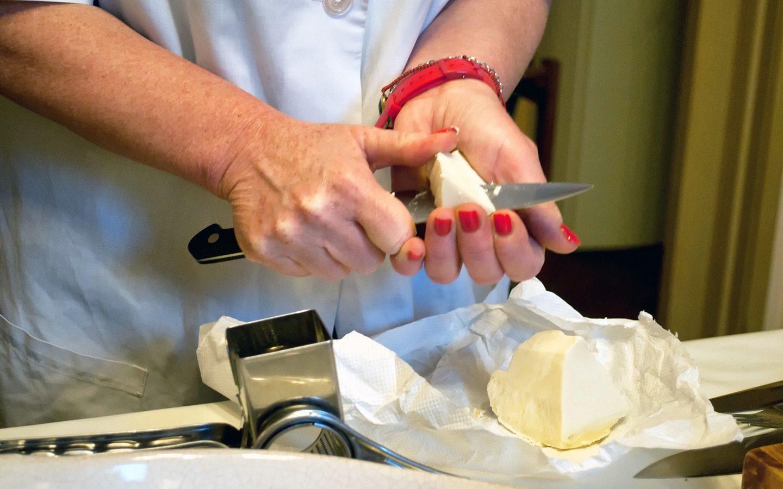 Caciocavallo cheese, Sicilian cookery class in Catania