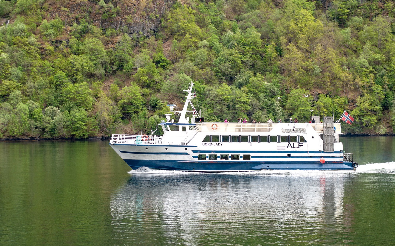 Norwegian fjords boat trip frm Flam