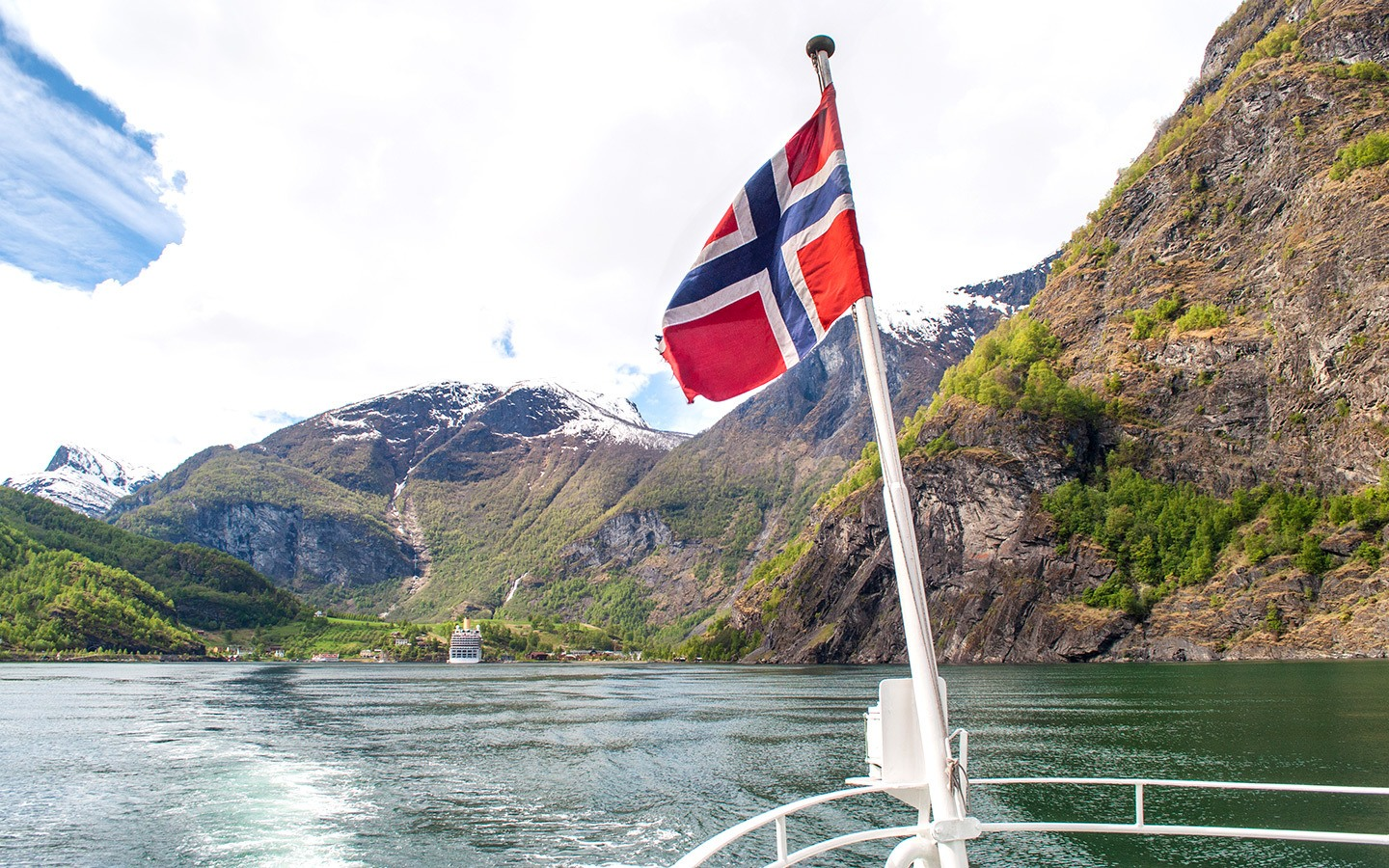 Sailing the Sognefjord: A Norwegian fjords boat trip from Flam
