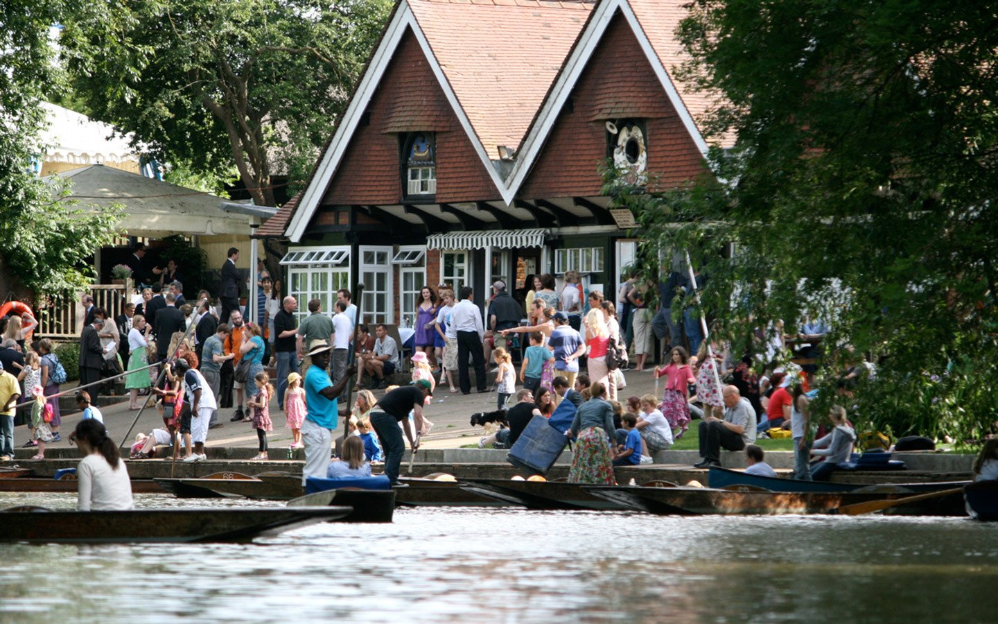 Cherwell Boathouse punts in Oxford