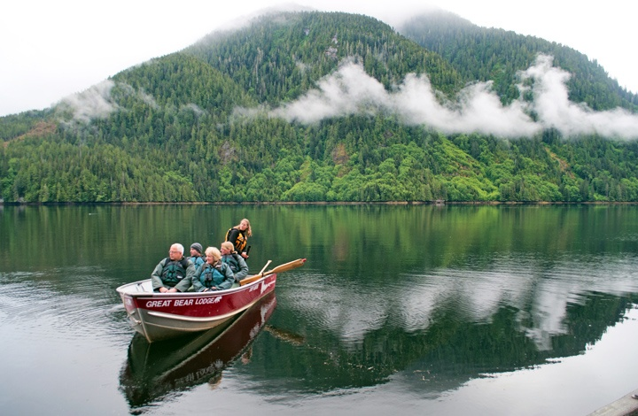 Boat trips from the Great Bear Lodge