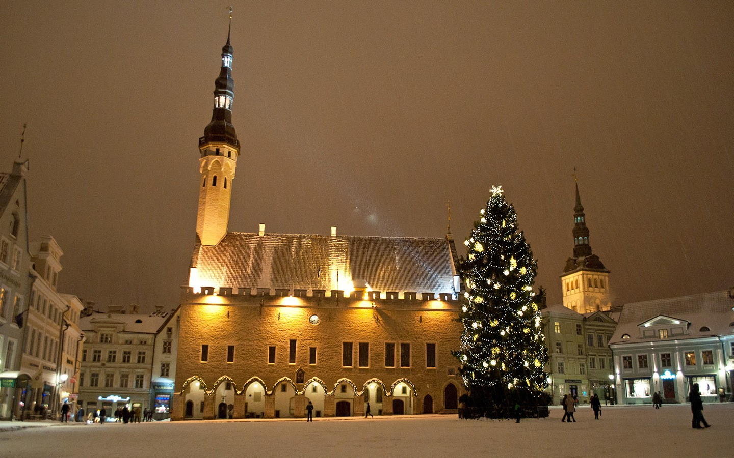 Tallinn Old Town Square by night