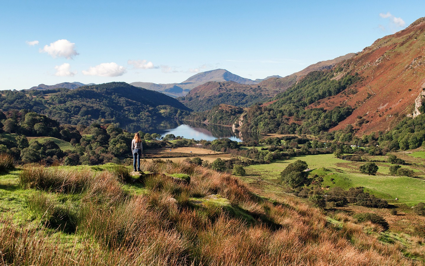 Snowdonia road trip through this beautiful National Park in North Wales, with clear lakes, mountain peaks and forests – could this be Wales' most scenic driving route?