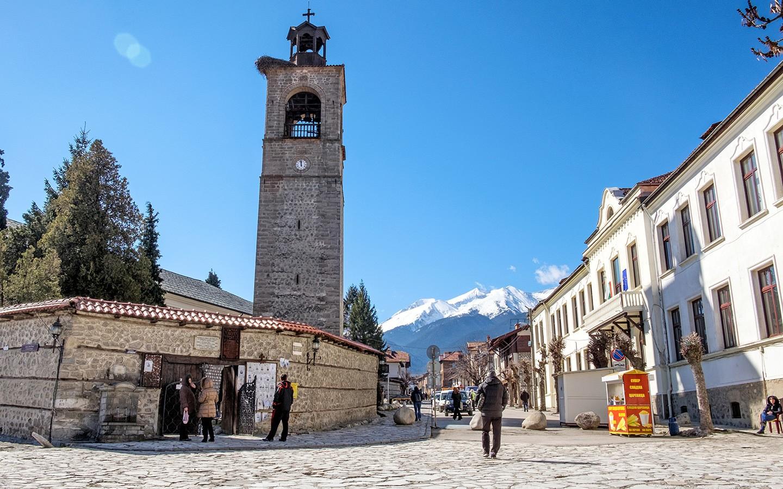 On and off the slopes in Bansko ski resort, Bulgaria