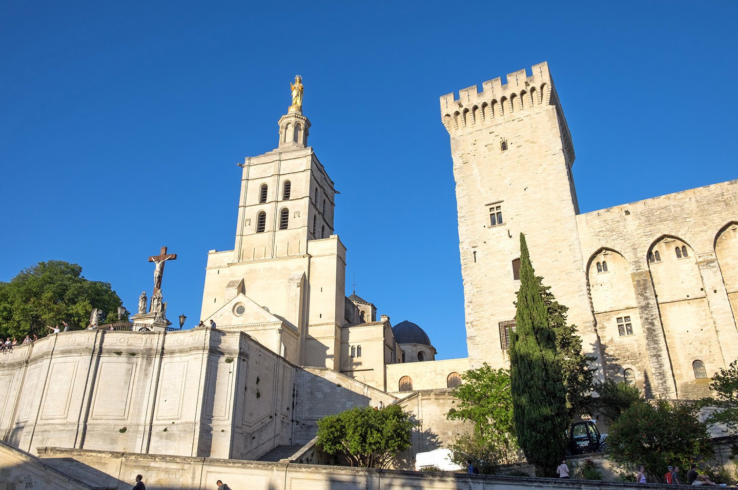 Palace des Papes – one of the top things to do in Avignon, France