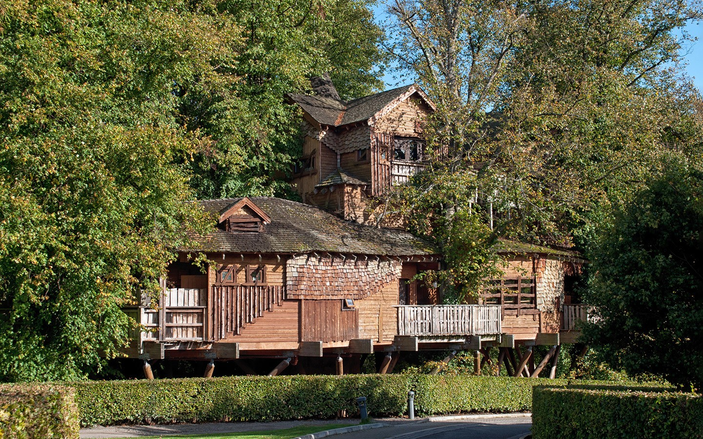 The treehouse restaurant at Alnwick Castle and Garden