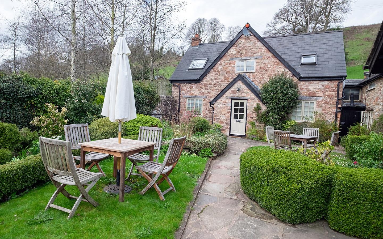 A Forest of Dean mini adventure with Tudor Farmhouse