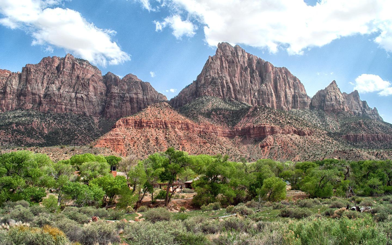 Re rocks at Zion National Park, Utah, USA