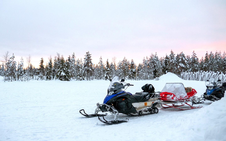 Snowmobiling in Rovaniemi, Finnish Lapland