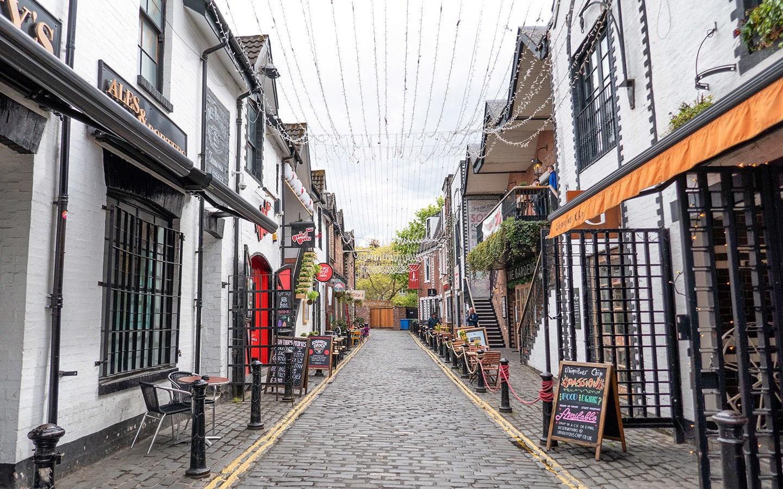 Bars and restaurants on Ashton Lane in Glasgow