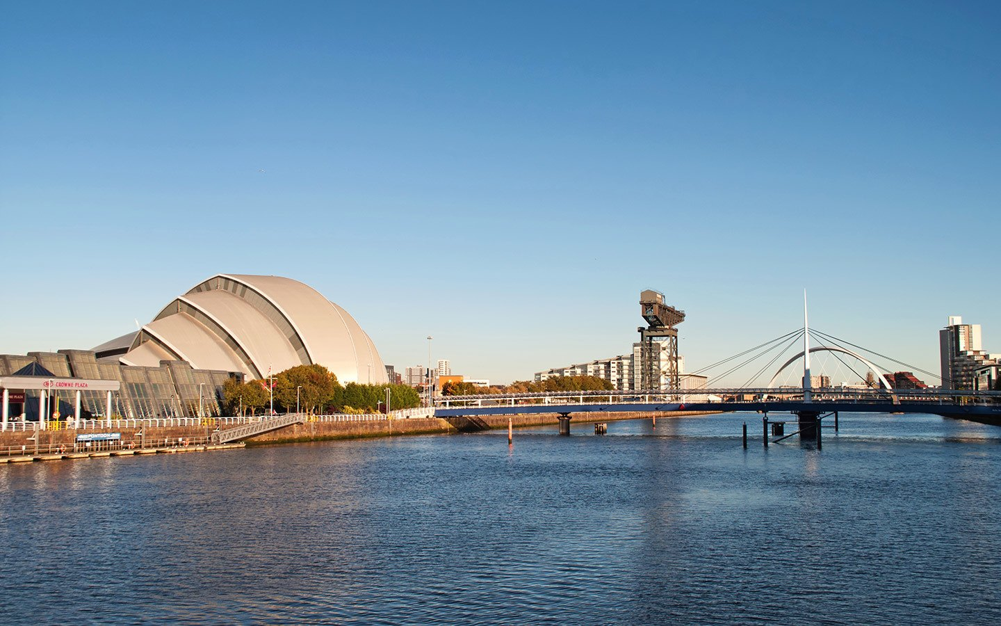 Along the Clyde in Glasgow