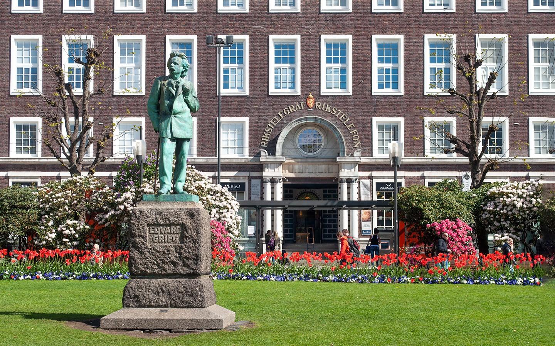 Grieg statue in Bergen
