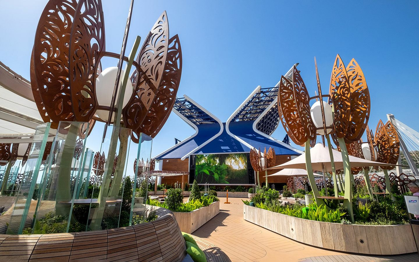The Rooftop Garden on Celebrity Apex