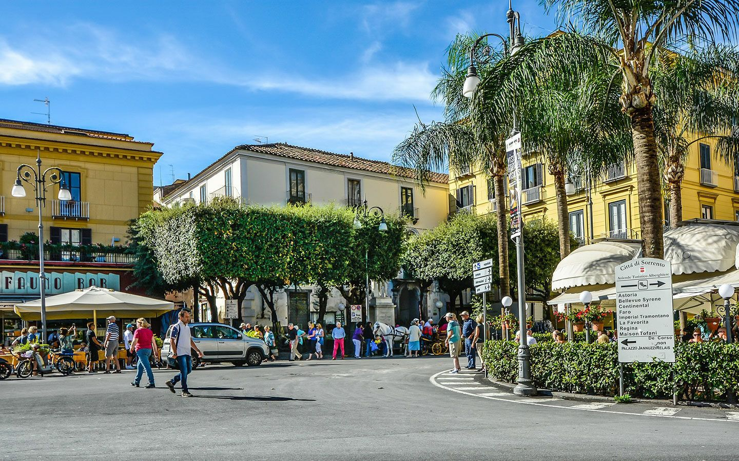 Piazza Tasso, a top people watching spot in Sorrento